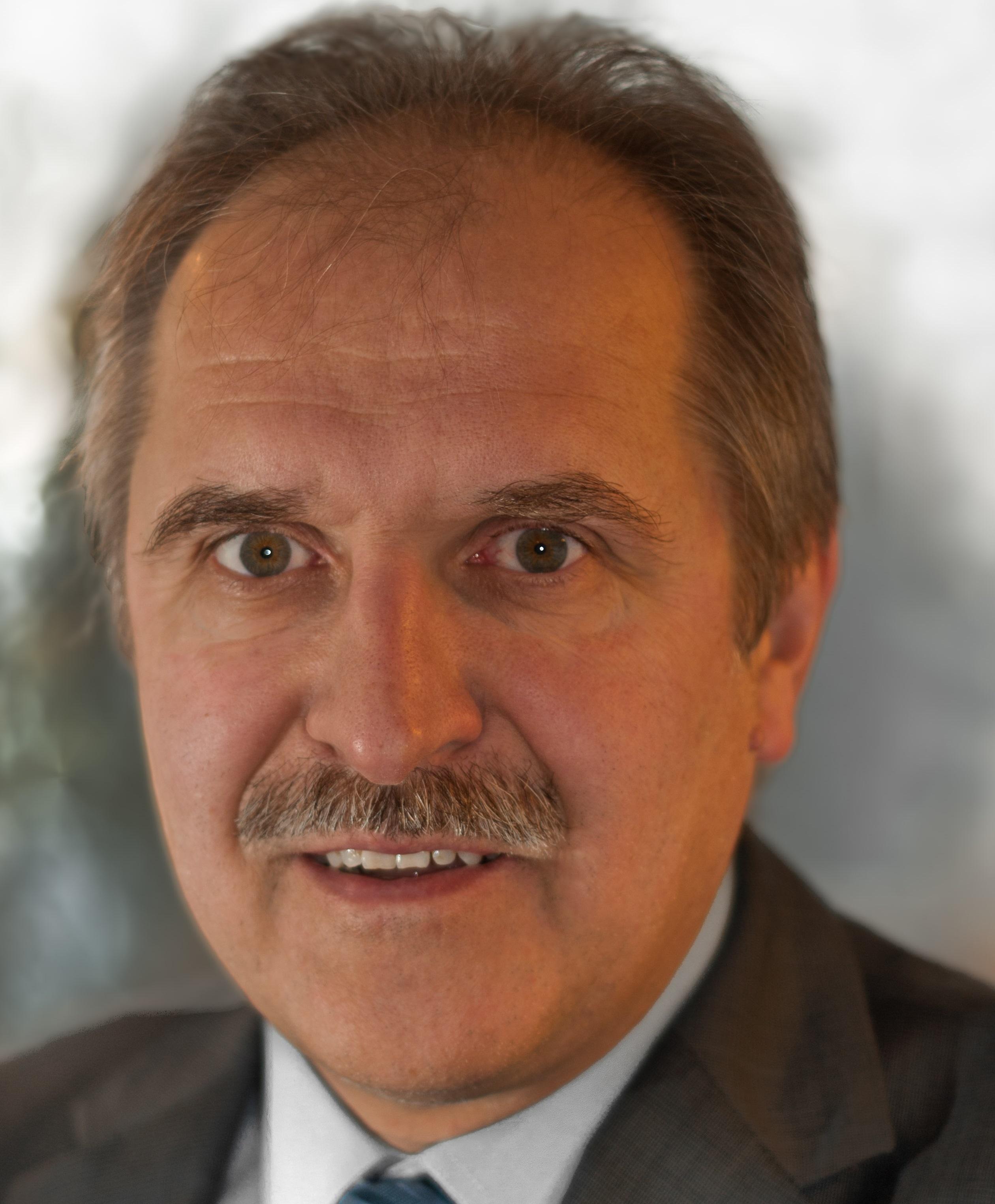 Dr. Gerd Frahsek